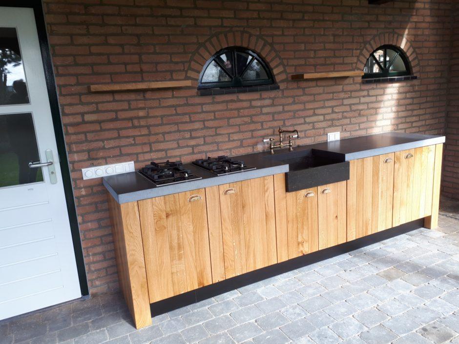 Buitenkeuken op maat laten maken maatwerk keuken hout K2 Keukens en Meubels Exclusief 141_resized