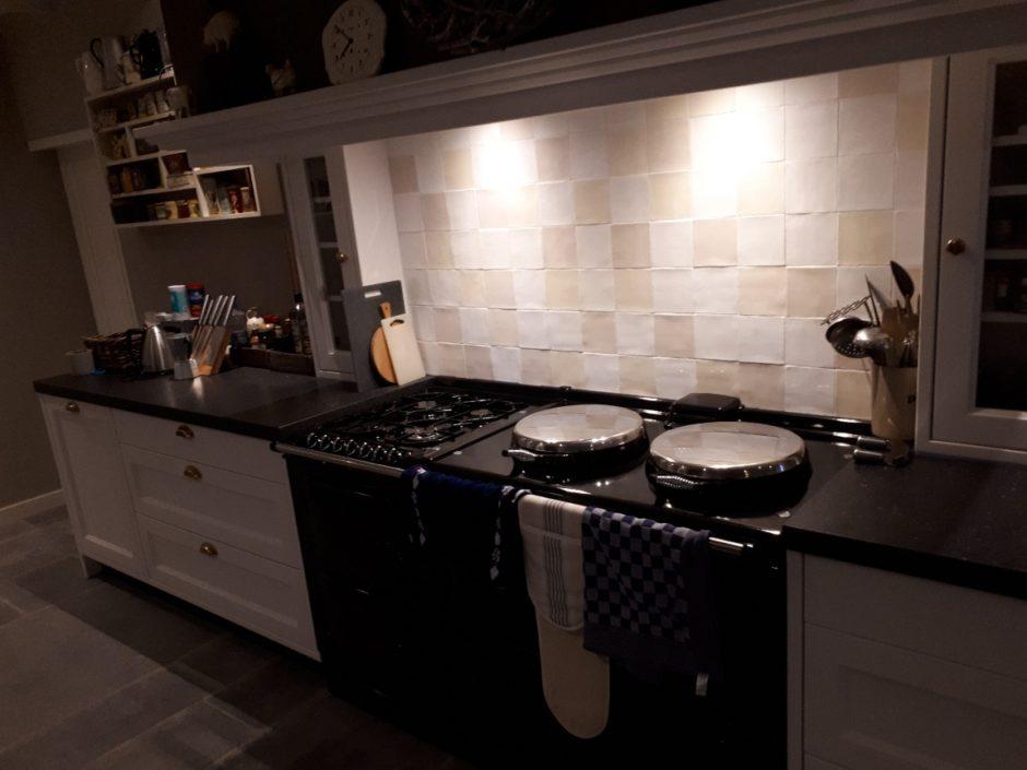 Handgemaakt massief essen boeren keuken Maatwerk op maat hout K2 Keukens en Meubels Exclusief304_resized