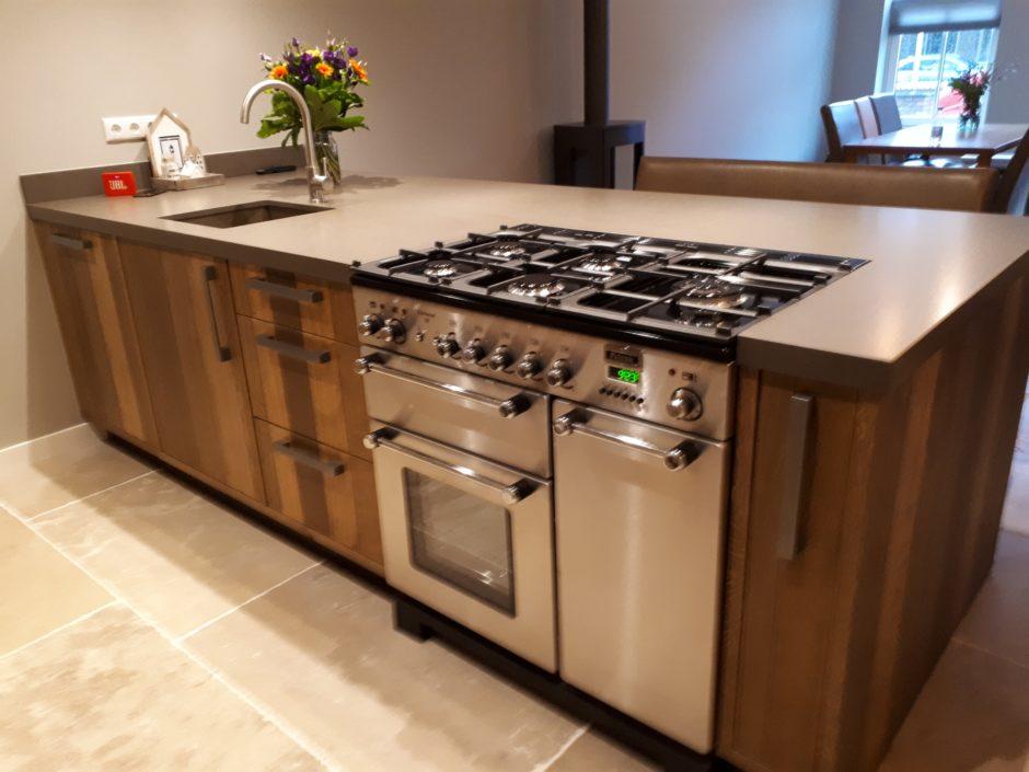 Keuken op maat laten maken maatwerk hout K2 Keukens en Meubels Exclusief 405_resized