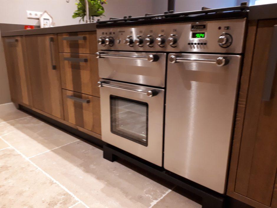 Keuken op maat laten maken maatwerk hout K2 Keukens en Meubels Exclusief 451_resized