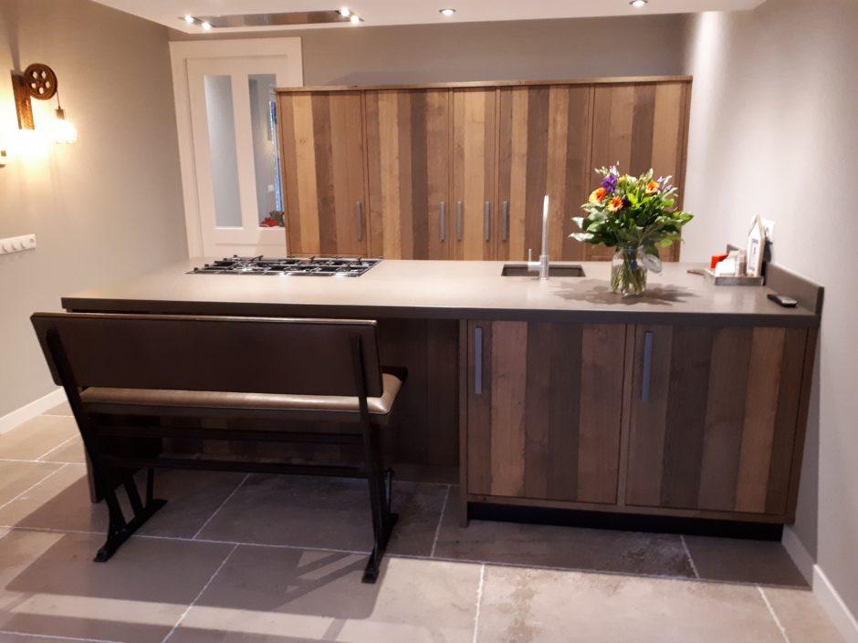 Keuken op maat laten maken maatwerk hout K2 Keukens en Meubels Exclusief 713_resized