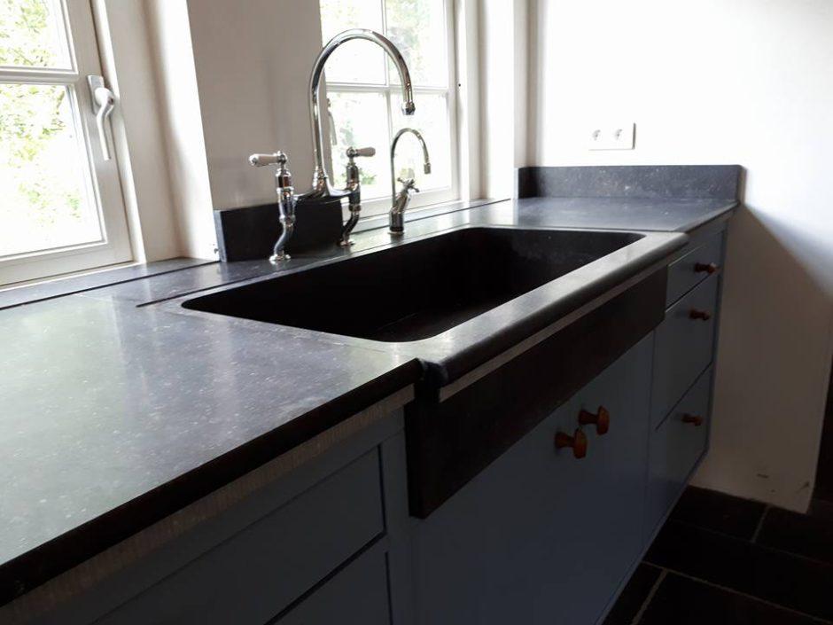 Maatwerk Keukens Essen hout Beligsch hardsteen3
