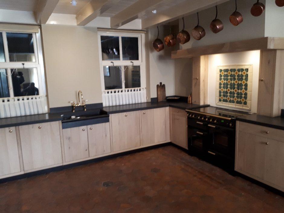 Massief eiken keuken op maat houten maatwerk keukens K2 Keukens en Meubels Exclusief 6