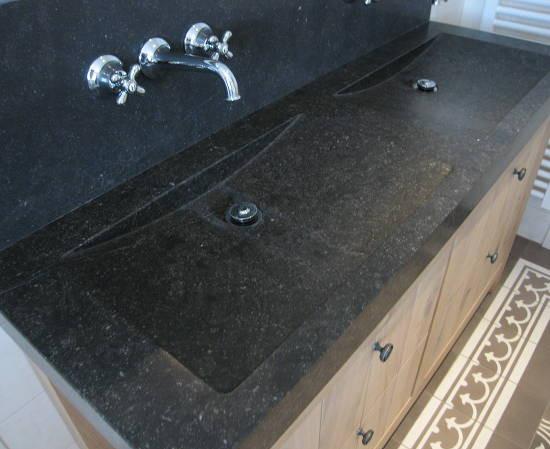 badkamermeubel-met-belgisch-hardsteen-3